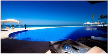 在马萨特兰(及周边地区)的马萨特兰海滩皇家公园酒店照片