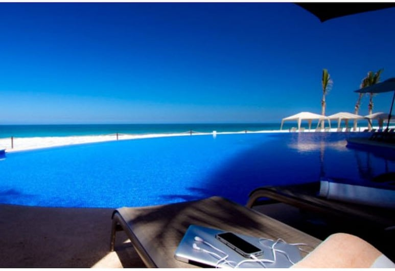 Park Royal Beach Mazatlán, Mazatlan, Vonkajší bazén