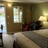Single Room, 1 King Bed - Guest Room