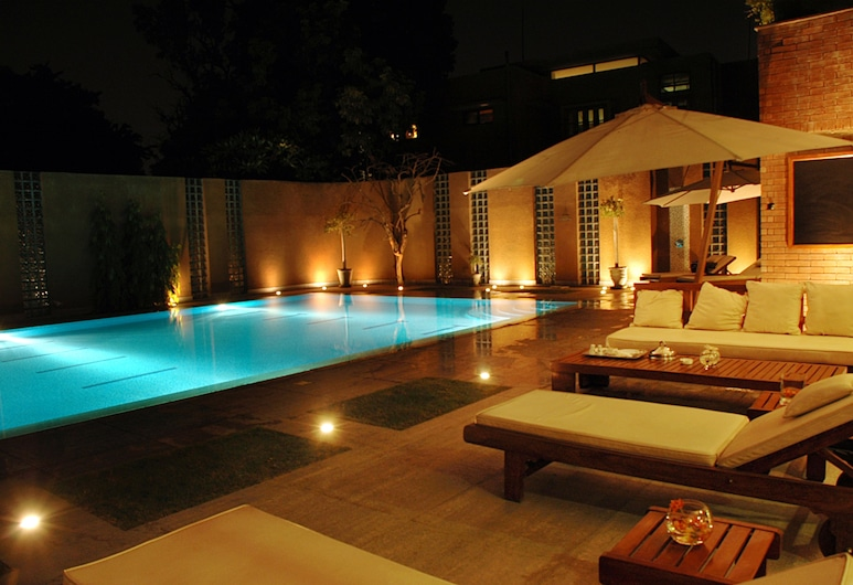 The Residency Hotel, Lahore, Outdoor Pool