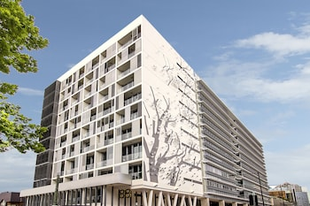 Picture of Silkari Suites Chatswood in Chatswood