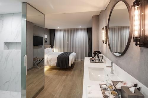 Hotel28