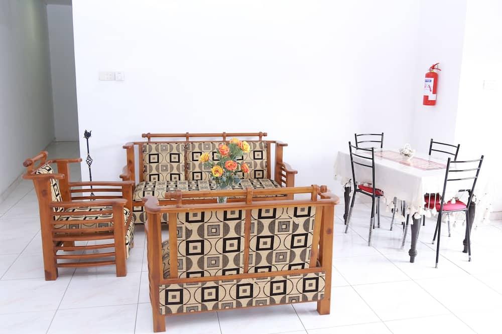 Стандартный двухместный номер с 1 или 2 кроватями (with Fan) - Гостиная
