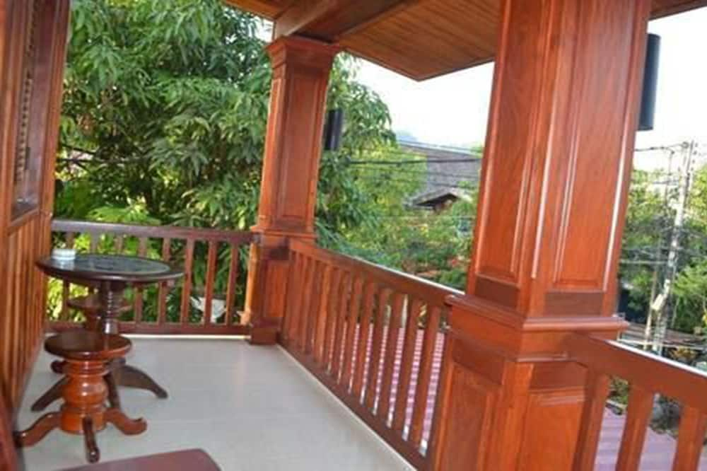 Трехместный номер «Делюкс», балкон - Балкон