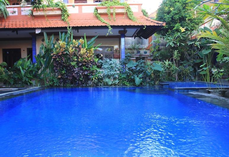 Cempaka 3 Inn, Kuta, Hồ bơi