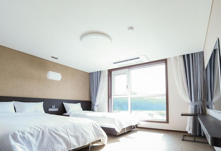 濟州住在城山飯店, 西歸浦
