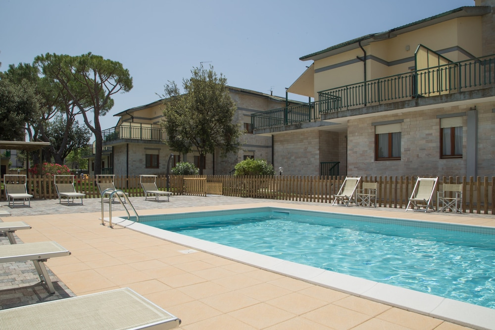 Prenota Residence le Villette Follonica a Follonica - Hotels.com
