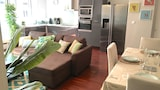 Choose this Apartment in Bordeaux - Online Room Reservations