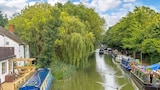 Reserve this hotel in Leighton Buzzard, United Kingdom
