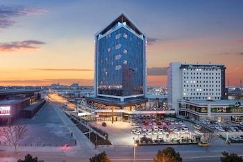 康雅康雅溫德姆華美達廣場酒店的圖片