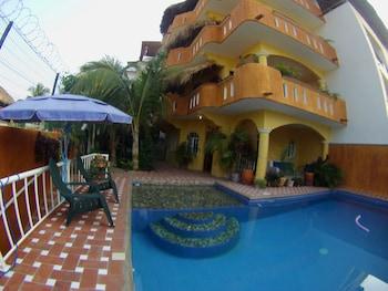 Picture of Cielito Lindo Suites in Puerto Escondido