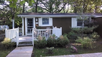 Picture of Maple Ridge Cottages in Saugatuck