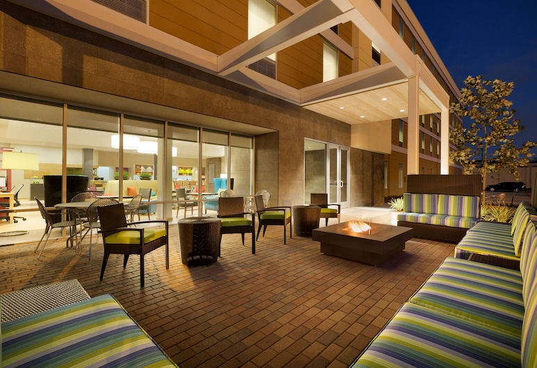 Home2 Suites by Hilton Houston Energy Corridor, Houston, Taras/patio