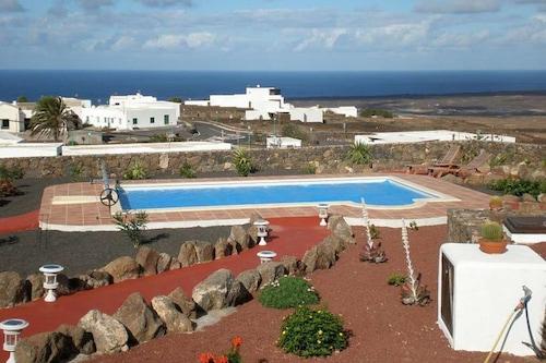 Marokau
