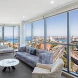 1 Bedroom Harbour Suite - Living Area