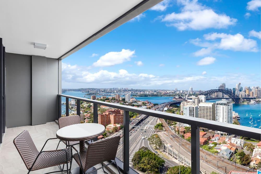 2 Bedroom Harbour Suite - Balcony