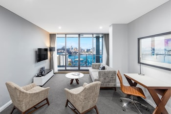 Picture of Meriton Suites North Sydney in North Sydney