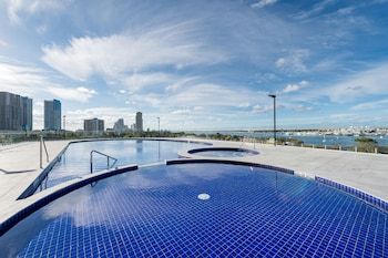 Picture of Meriton Suites Southport, Gold Coast in Gold Coast