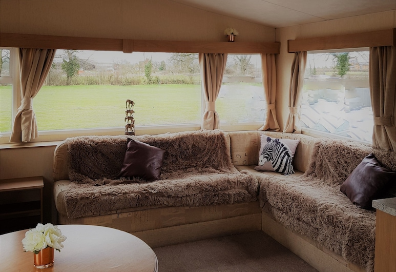 Pitch & Canvas - Self Catering at Broad Oak Farm, Chester