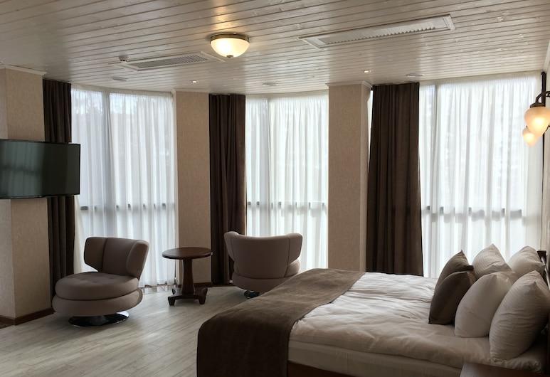 Carparosa Hotel, Bukovel, Apartmán, 2 spálne, kuchyňa, Hosťovská izba