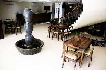 Фото Palm Grass Hotel у місті Себу