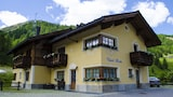 Choose this Chalet in Livigno - Online Room Reservations