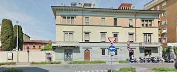 Enter your dates to get the Bergamo hotel deal