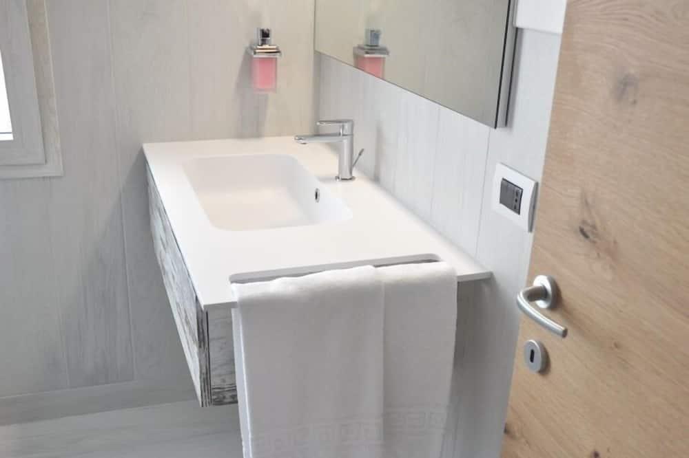 Comfort Double Room, Ensuite (Camera Matrimoniale 2) - Bathroom