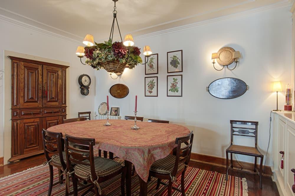 Departamento, 4 habitaciones - Servicio de comidas en la habitación