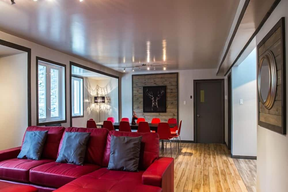 Deluxe Λοφτ, 2 Υπνοδωμάτια, Θέα στο Ξενοδοχείο - Περιοχή καθιστικού