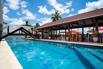 ภาพ Ramada Suites by Wyndham Wailoaloa Beach Fiji ใน นาดี