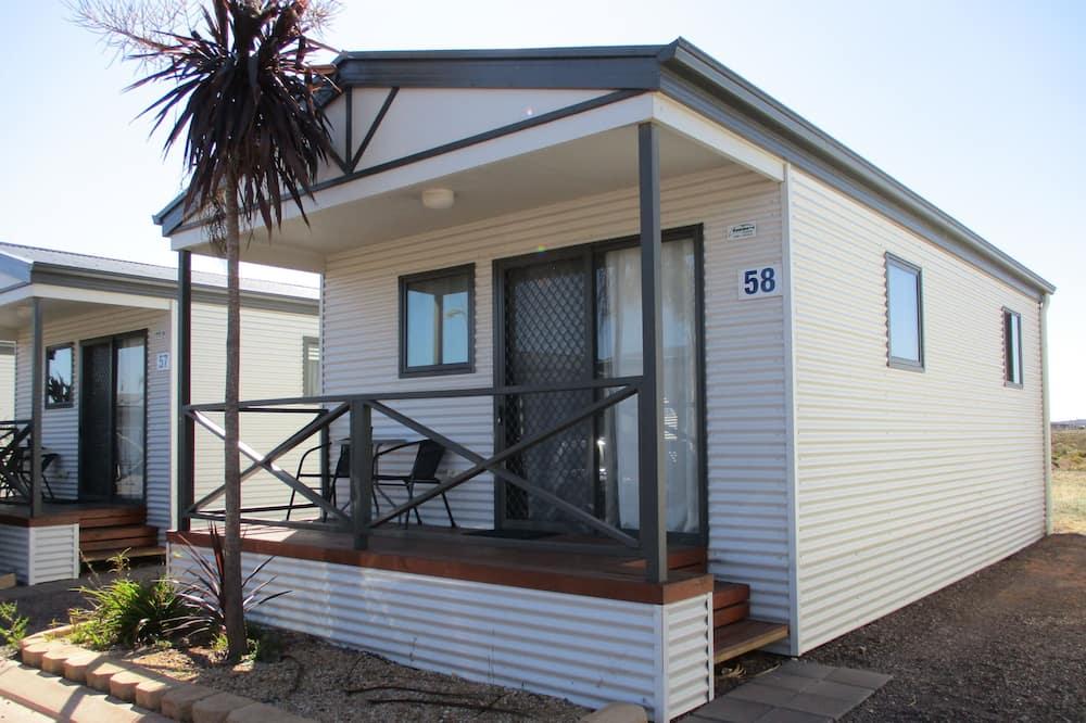 One Bedroom Cabin - Terrace/Patio