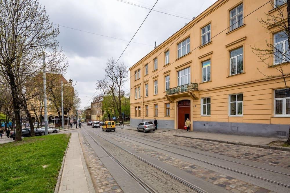 Apartament typu Deluxe, 1 sypialnia, widok na miasto (Danyla Halytskogo SQUARE 2, ap.10) - Balkon