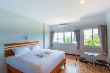 素叻他尼府菲潘甘酒店的圖片