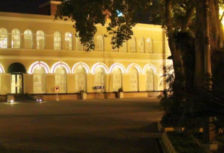 Faletti's Hotel, Lahore, Hotel Front – Evening/Night
