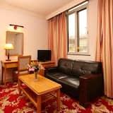 Habitación superior con 2 camas individuales - Sala de estar