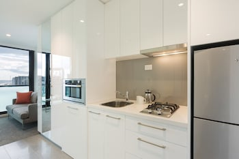 Picture of Melbourne Short Stay Apartments Lonsdale in Melbourne