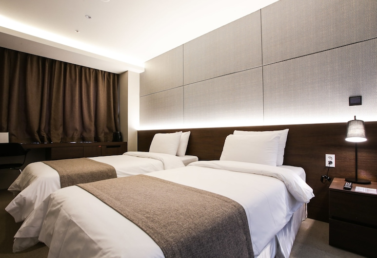 MSTAY Hotel Giheung, Yongin, Room of the Day (Deluxe Double or Twin upon check-in, Check-in 18pm), Guest Room