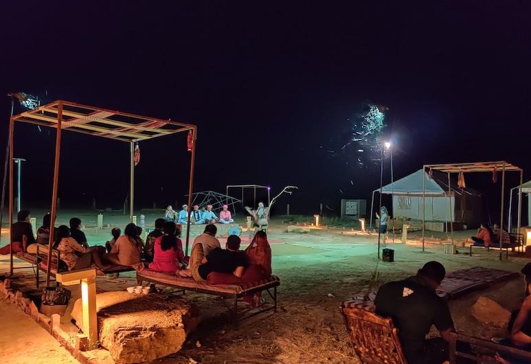 サヴィ キャンプス, ジャイサルメール, 子供用の遊び場 - 屋外