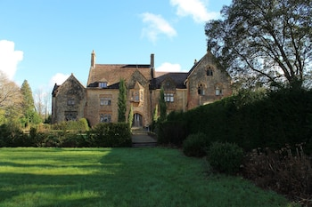 Picture of Old Park Hall in Axminster