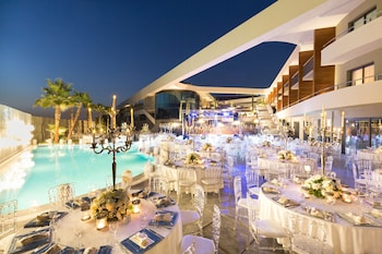 Picture of DoubleTree by Hilton Hotel Izmir Airport in Izmir