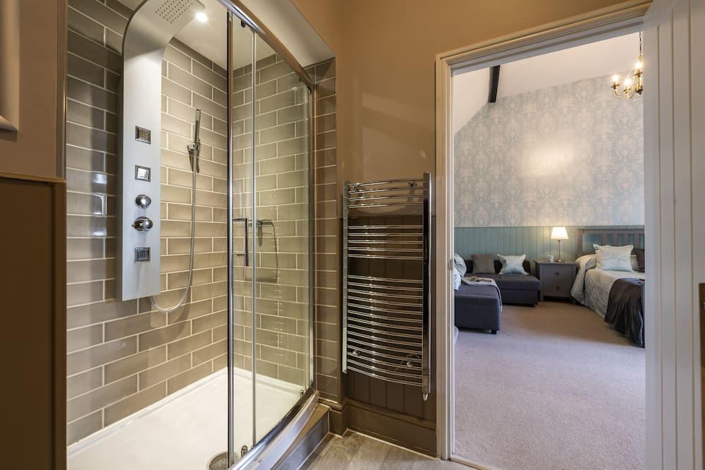 Executive kamer, 1 twee- of 2 eenpersoonsbedden (Room 9 1st Floor) - Badkamer