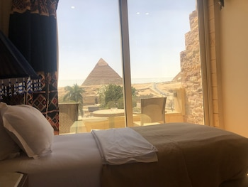 Picture of Great Pyramid Inn in Giza