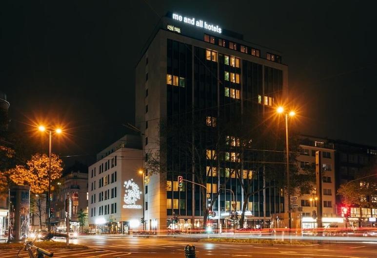 me and all hotel duesseldorf, Düsseldorf, Fachada del hotel