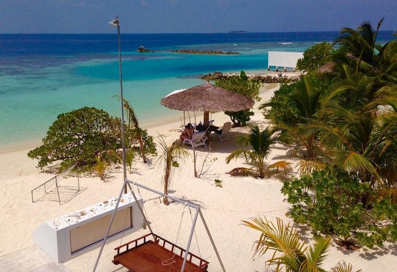 Lagoon View Maldives, Бодуфолуду, Пляж