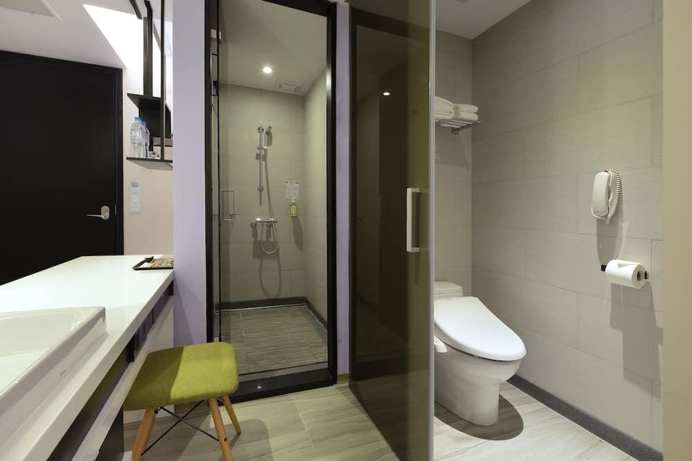 雙人舒適房,一大床 - 浴室