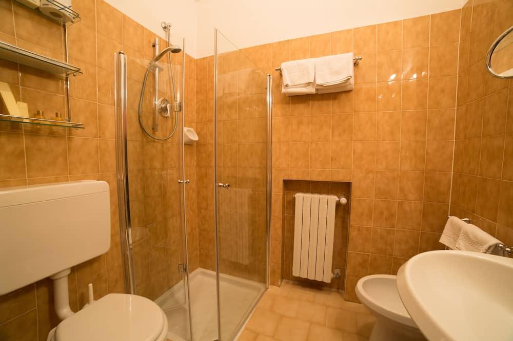 Négyágyas szoba - Fürdőszoba