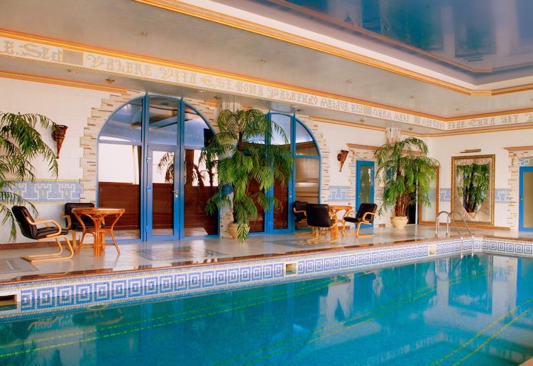 Hotel Kamelot, Kyiv, Zwembad