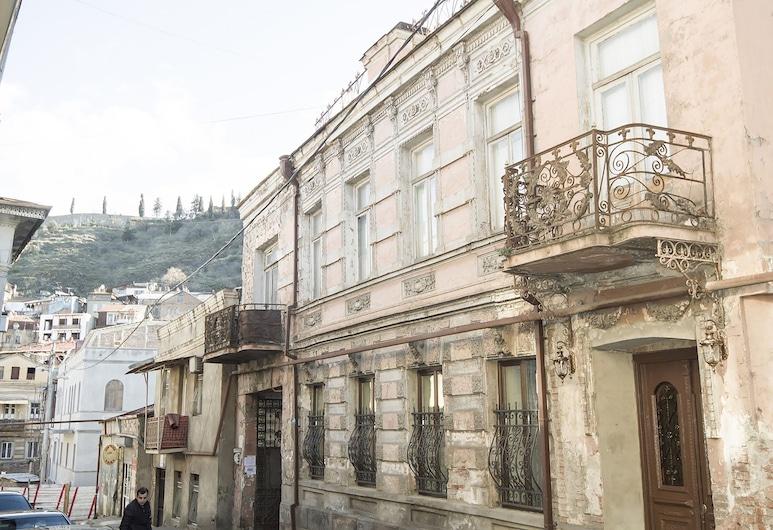 Tbilisi Core: Aquarius, Tbilisi, Front of property