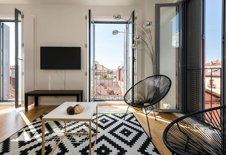 SmartRental Puerta del Sol, Madrid, Studio (2-3 Occupants), Living Area